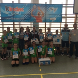 Finał rozgrywek Kinder + Sport w kategorii DWÓJEK dziewcząt